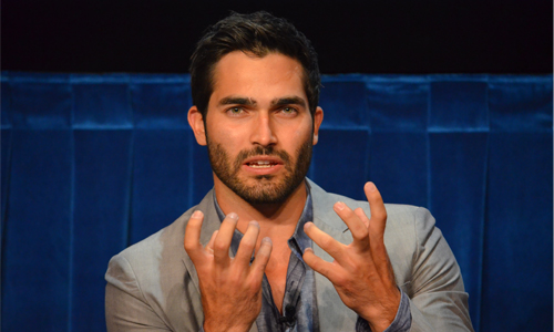 tyler-hoechlin-batman-vs-superman